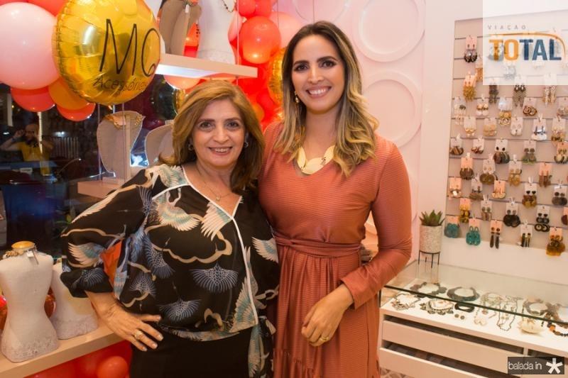 Ana Claudia e Mariana Queiroz