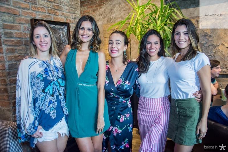 Livia Holanda, Lu Palhano, Carol Mota, Keive Nogueira e Carla Braga