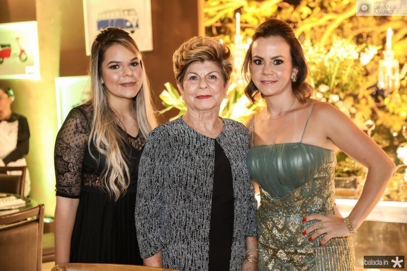 Paula Bomfim, Silvia Negreiros e Tereza Negreiros