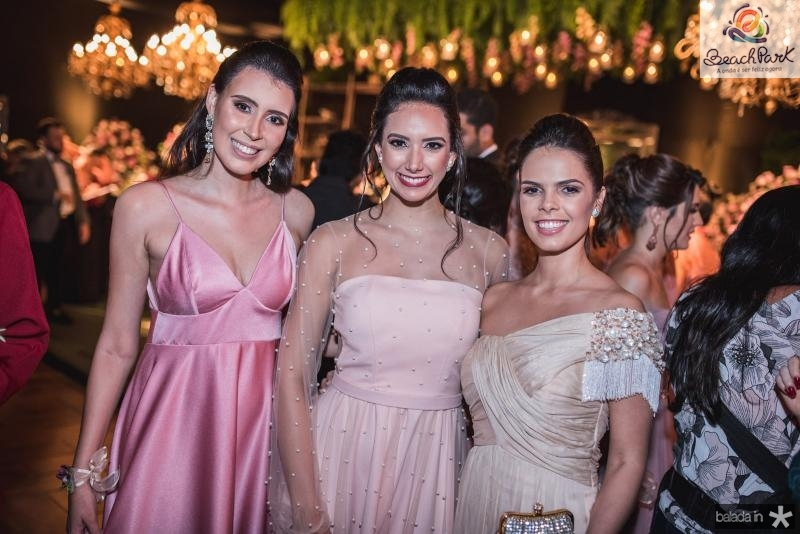 Maria Tereza Camara, Talita Bezerra e Isabel miranda