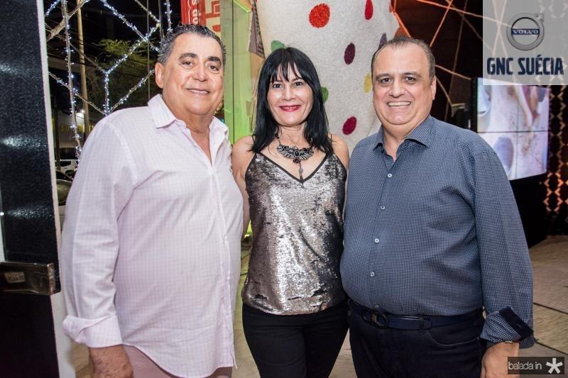 Adroaldo Carneiro, Rosalinda Pinheiro e Max Camara