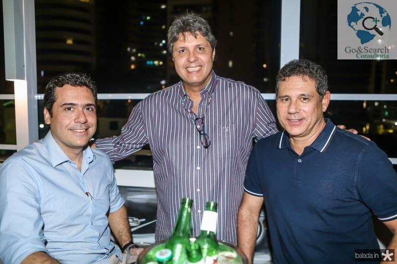 Armando Medeiros, Marcos Oliveira e Marcus Medeiros