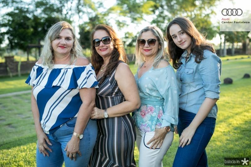 Celsa, Noelia, Valeria e Vitoria Frota
