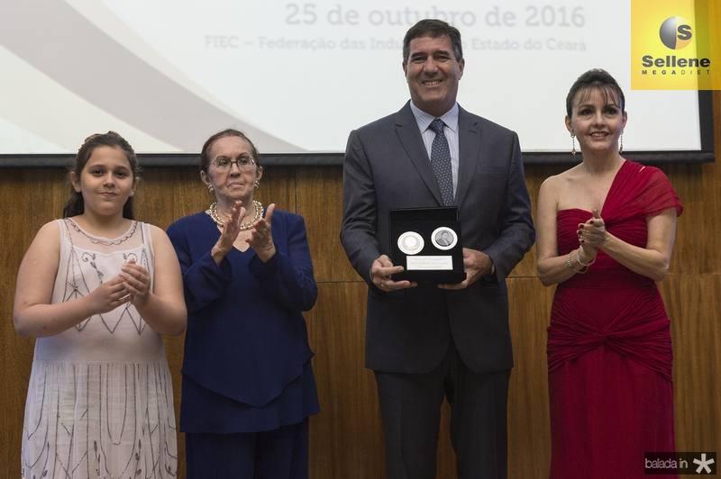 Beatriz e Zenilde Matoso, Luiz Gastão Bittencourt e Circe Jane