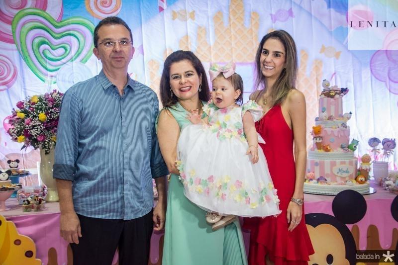 Marco, Marcia, Mirela e Vanessa Oliveira