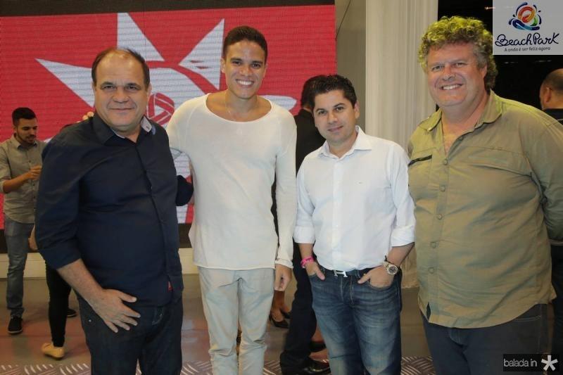 Roberto Moreira, Marcos Lessa, Pompeu Vasconcelos e Evandro Colares