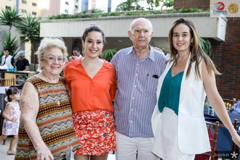 Vera de Castro, Silvinha Leal, Silvio de Castro e Gisele Campos