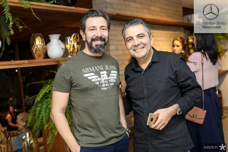 Caros Otavio e Roberto Dias