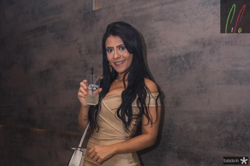 Vania Araujo