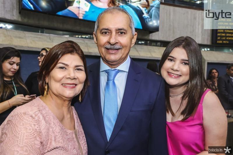 Jo, Nezinho e Mariana Farias