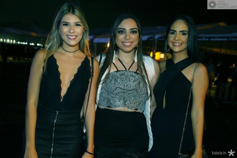 Amanda Vasconcelos, Mariana Couto e Vitoria Diogenes