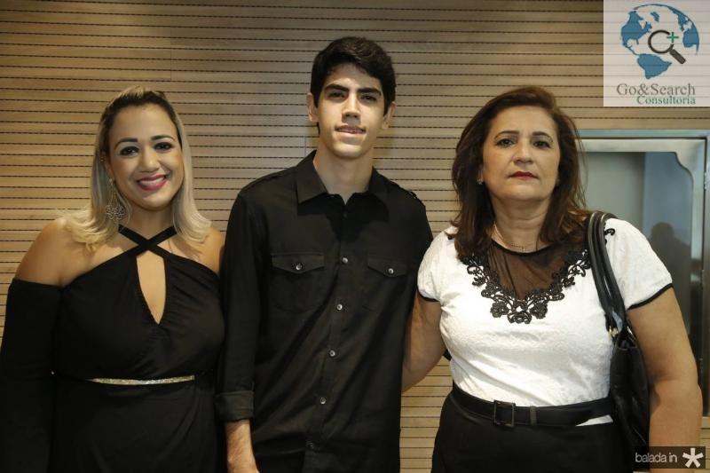 Larissa Eugenio, Renan e Joana Lobo