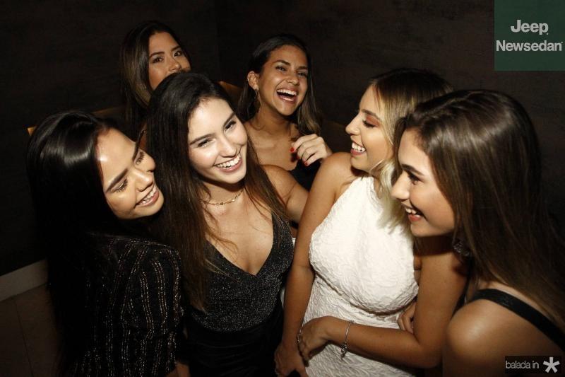 Gabriela Fagundes, Lara Mesquita, Livia Arruda, Natalia Caetano, Kauane Maia e Raquel Moreira 3