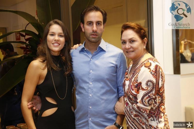 Dani, Vitor e Paula Frota