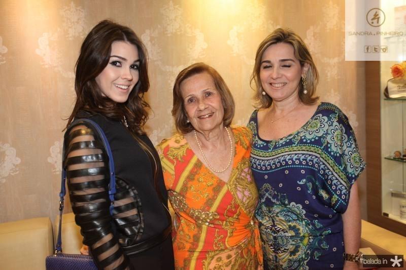 Carine, Eudy e Jacqueline Figueiredo