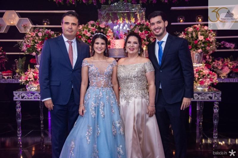 Armando, Amanda, Geisa e Daniel Praca