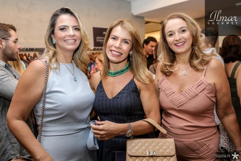 Tais Pinto, Maiara Silva e Helena Demis