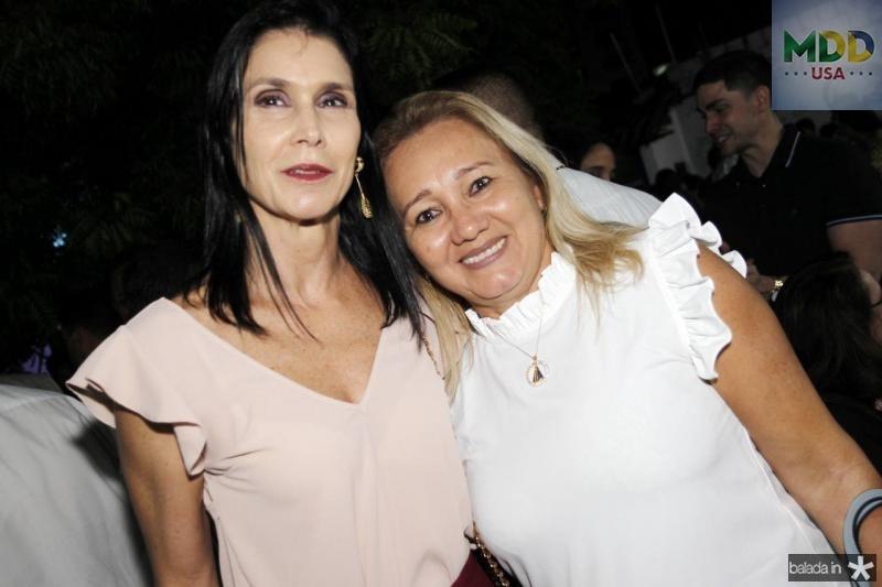 Glaucia Maia e Boneca