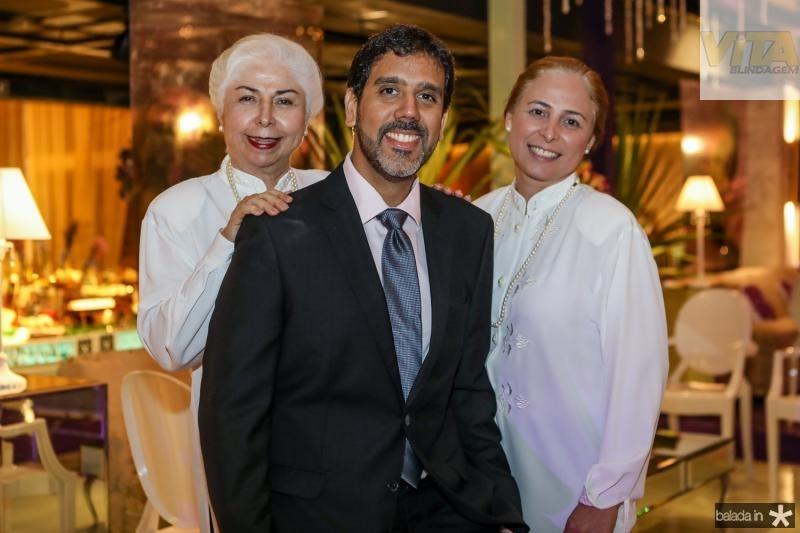 Alodia Guimaraes, Jaco Junior e Samira Guimaraes