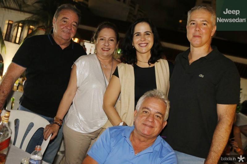 Chiquinho e Cristina Aragao, Camila e George Albuquerque e Marcilio Fiuza