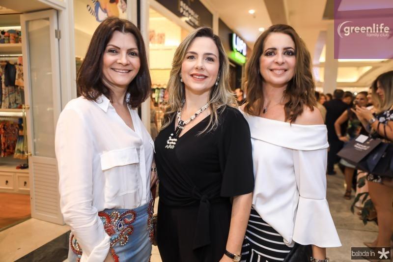 Liliana Farias, Suyane Dias Branco e Marcia Andrea