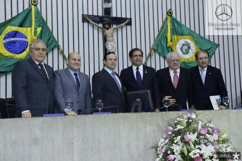 Luiz Pontes, Roberto Claudio, Igor Barroso, Zezinho Albuquerque, Gonzaga Mota e Mauro Benevides