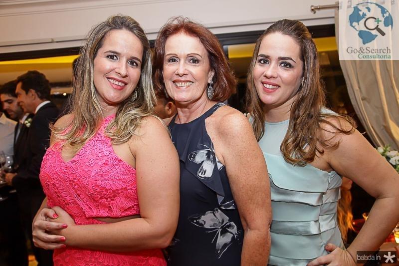 Fernanda, Norma e Paula Camara