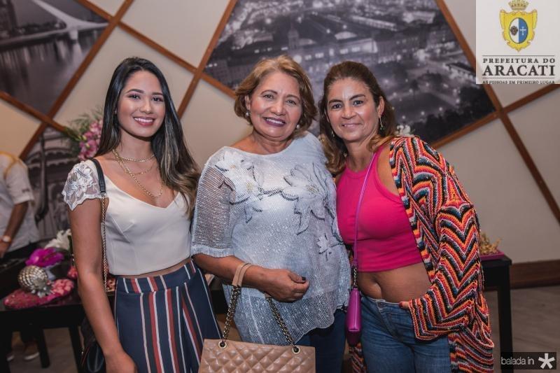 Adacia Menezes, Doria Coelho e Fabiana Barreira