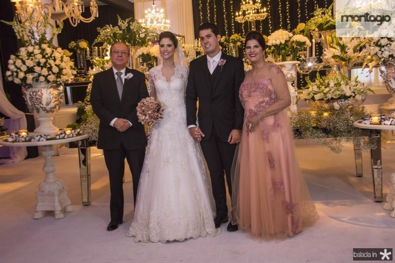 Mario Bezerra, Manoela Gladstone, Artur Bezerra e Tereza Barbosa