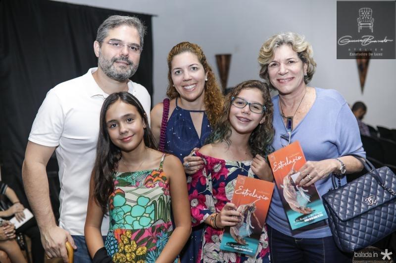 Edson Queiroz Neto, Maria Bacelar, Ticiana, Beatriz e Estela Rolim