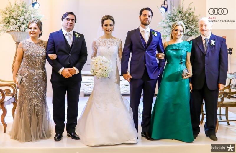 Eveline, Edson e Larissa Peixoto, Luiz, Cristina e Luiz Camelo
