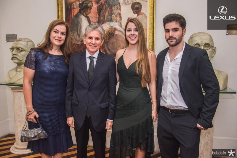 Jo, Padua, Tais e Vitor Lopes