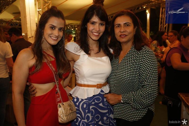 Vanessa Melo, Flavia e Marcia Laprovitera