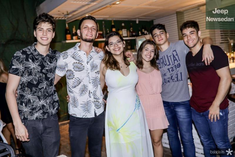 Lucas Costa, Leonardo Vasconcelos, Ana Sala, Julia Sala, Bruno Soares e Eduardo Carvalho