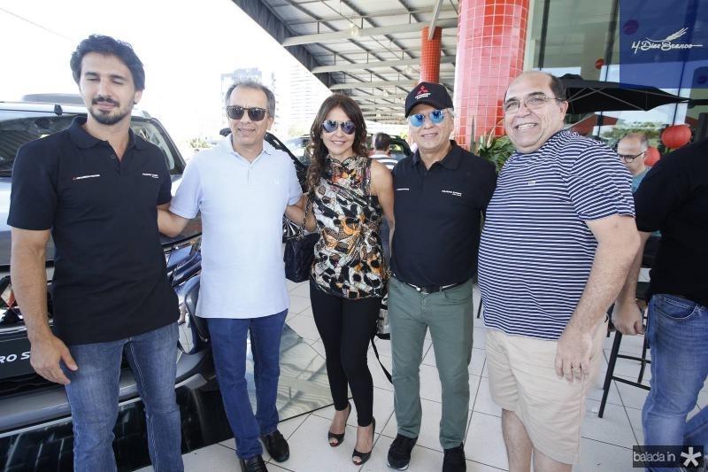 Lucas, Eduardo, Denise e Ricardo Rolim e Marcos Melo