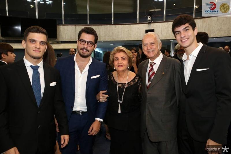 Lucas, Vincente e Ster de Castro, Paulo Barbosa e João de Castro