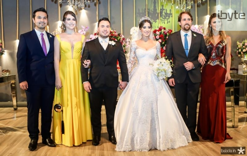 Vitor Abreu, Debora Basto, Kelvin Botelho, Manoella Linhares, Bruna Waleska e Rodrigo Frota
