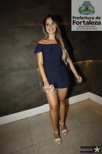 Larissa Suelen 2