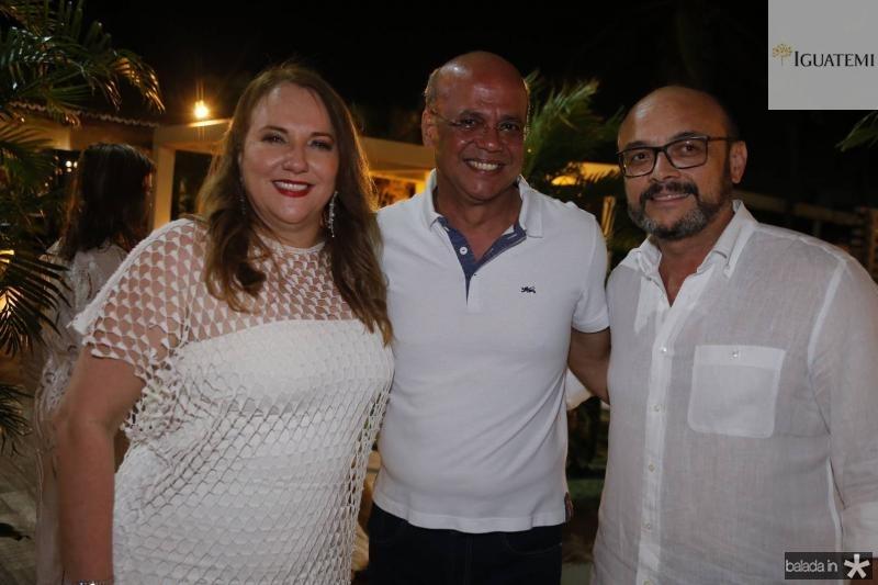 Luiziane e Wagner Fernandes e Adriano Fiuza