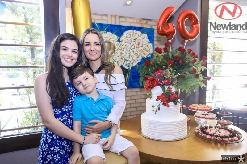 Bia, Erick e Raquel Vasconcelos