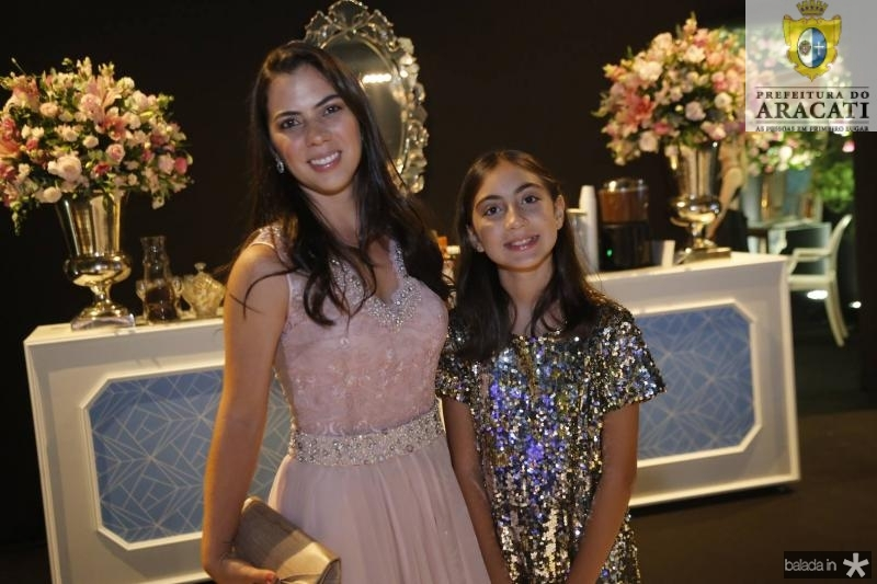 Sarah e Isabelle Maia