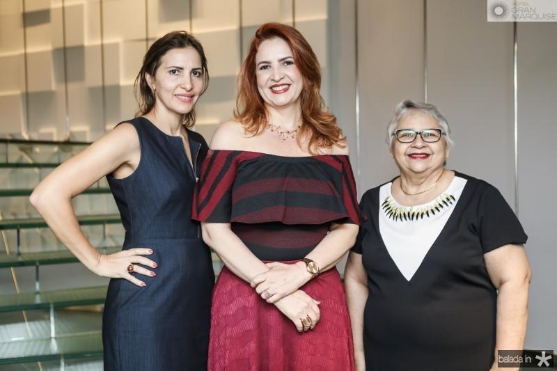 Edna e Enid Camara, Gloria Ribeiro