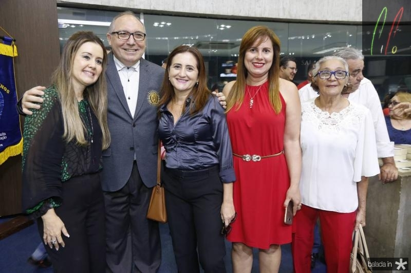 Liana Fujita, Padre Eugenio, Samea Cavalcante, Sofia Menescal e Eliane Paiva