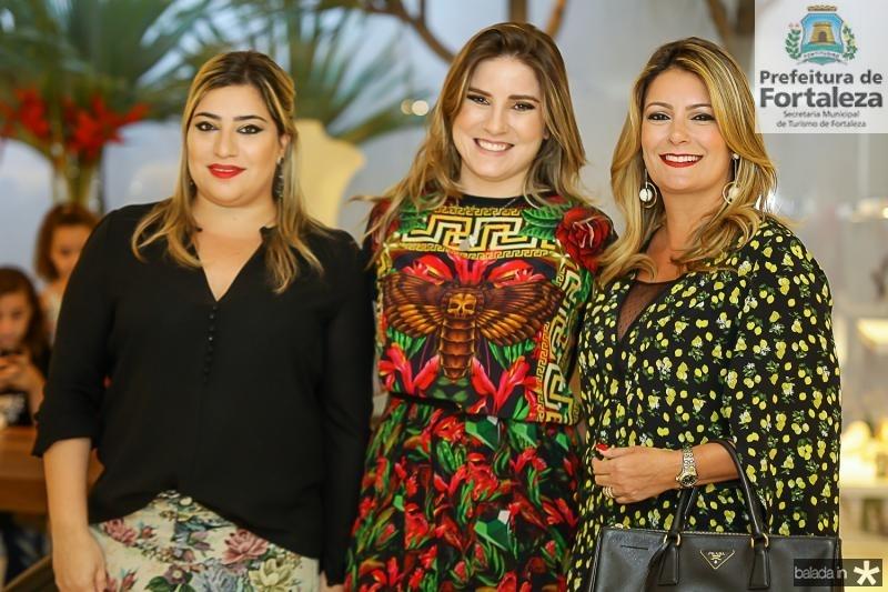 Manu Romcy, Maria Clara Dalolio e Tatiana Luna