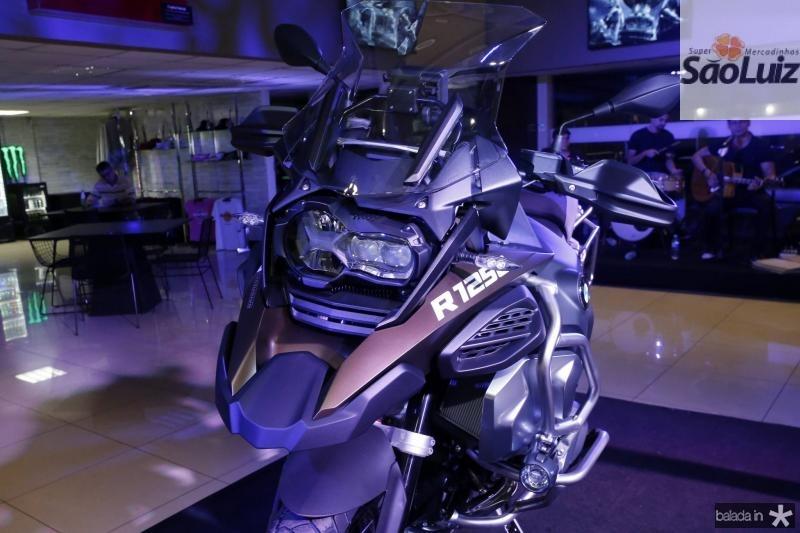 Moto BMW 1250 cc 02