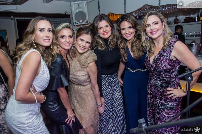 Roberta Nogueira, Michele Aragao, Niedja Bezerra, Cristine Feitosa, Eveline Fujita e Suyane Dias Branco