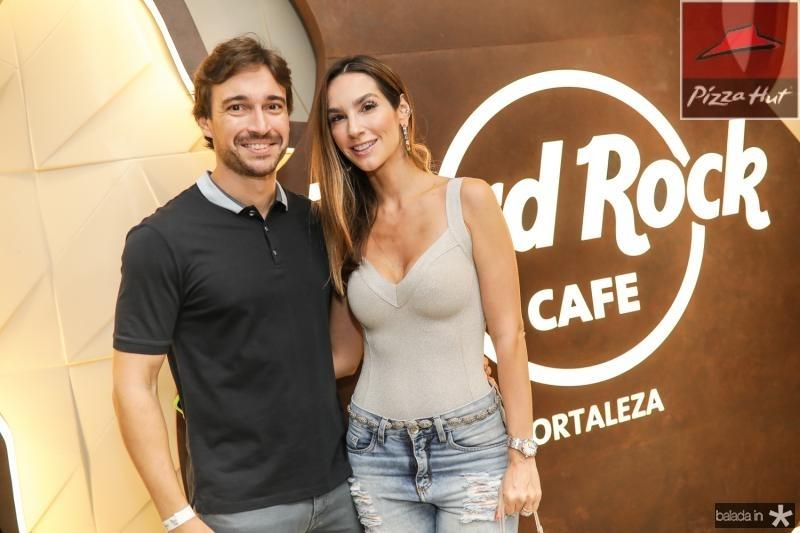 Rodrigo e Marcela Carvalho