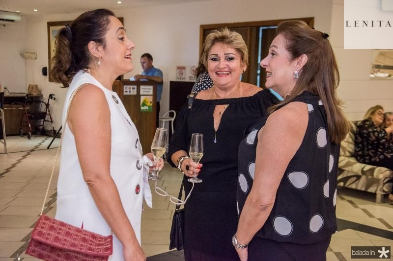Denise Sanford, Vera Costa e Cristina Aragao