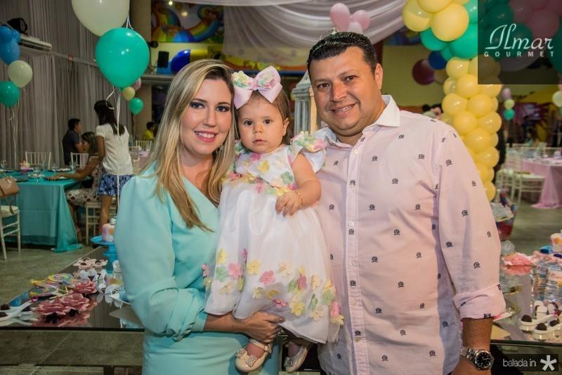 Cristine, Mirela e Elano Aragao