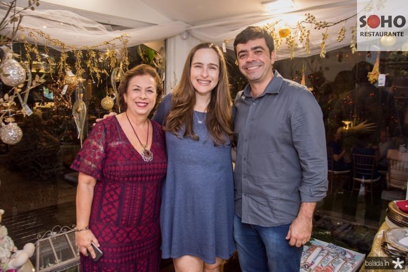 Julia Philomeno, Bia Fiuza e Eduardo Cals